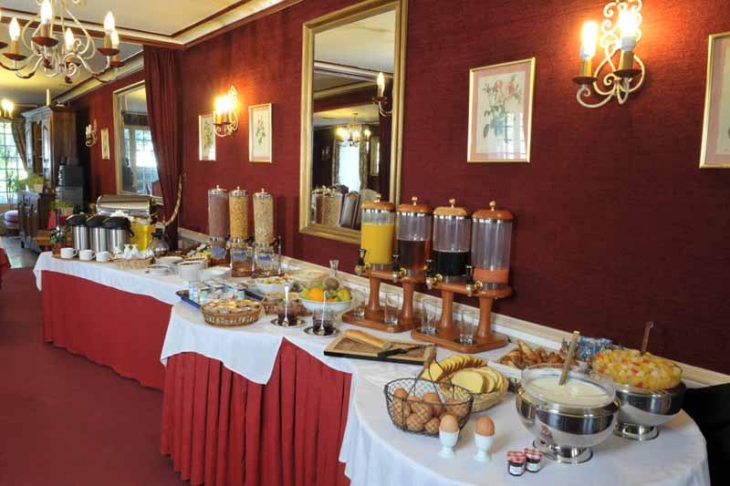 2012-Pontorson-H-Montgomery-salle-petit-dejeuner-2-TIS