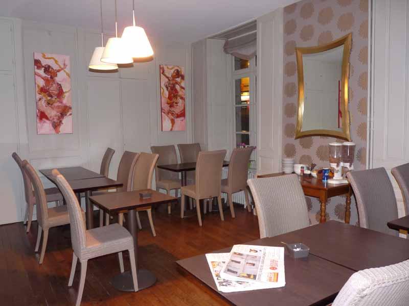 Avranches-Hotel-Patton-1