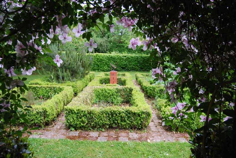 Les-Cheris-Jardin-des-Escheris-5