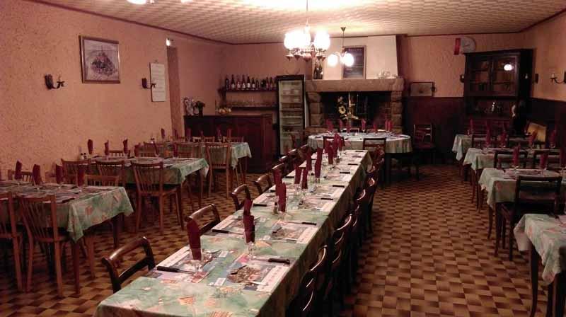 Pontorson-HR-Le-Lithana-salle-restaurant