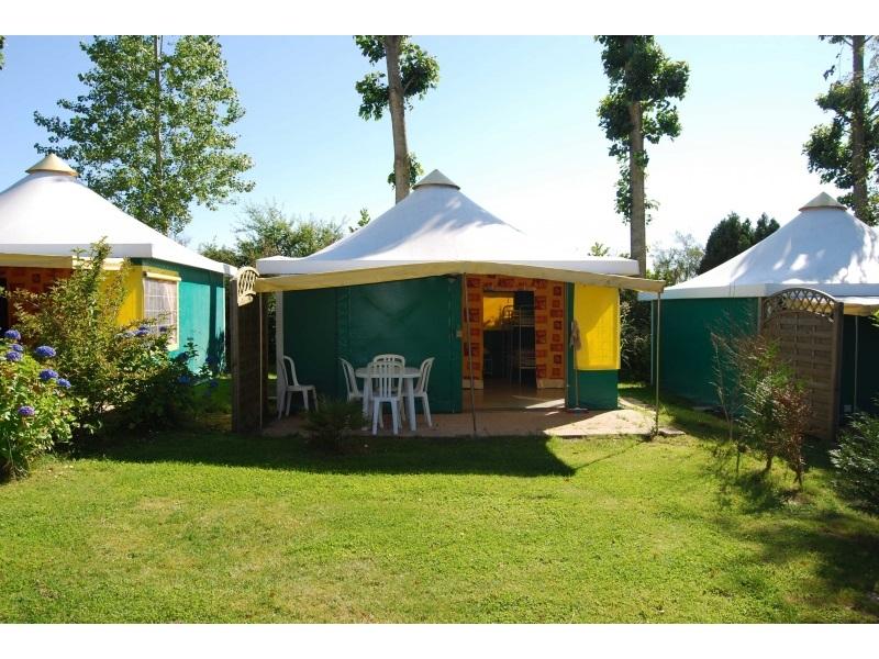 Sartilly-camping-le-montviron–1-