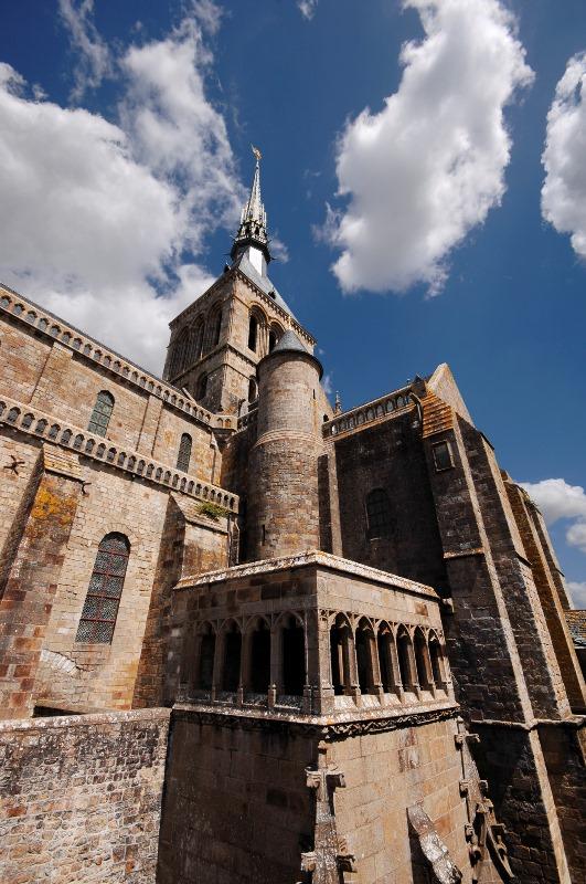 Vue-rapprochee-architecture-Centre-des-monuments-nationaux