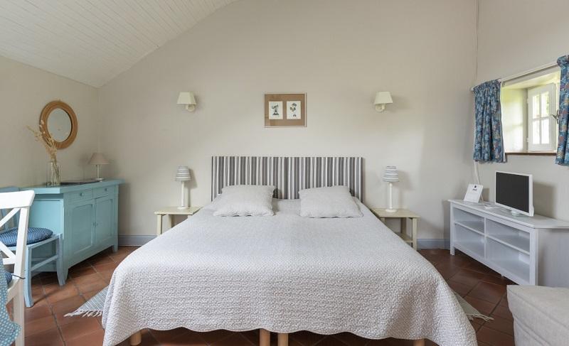 dragey-ronthon-meuble-les-hortensias–3–3