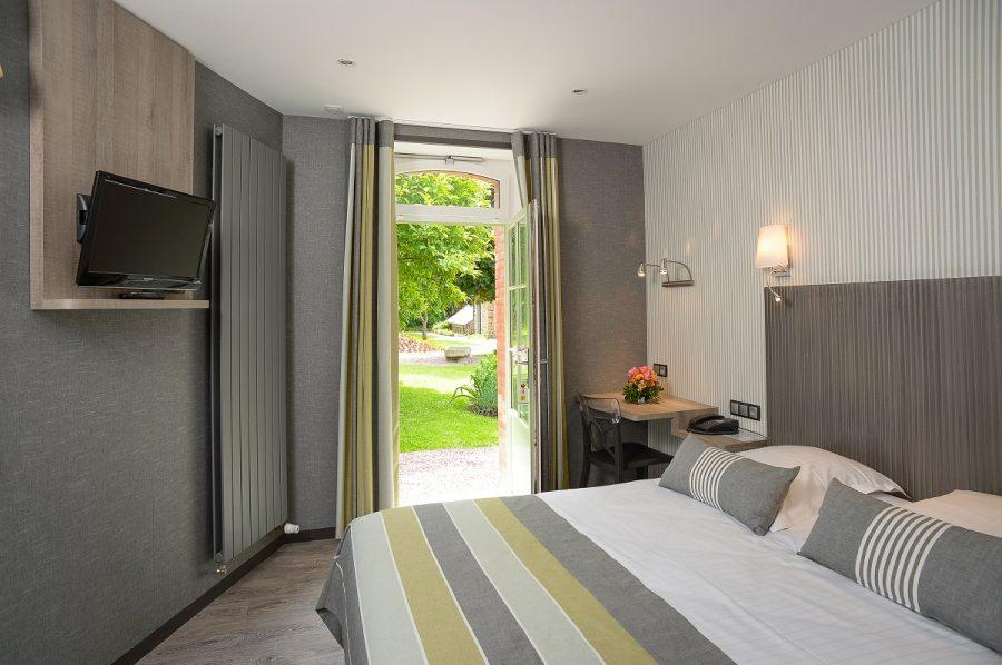 hotel-ducey-les-cheris-auberge-de-la-selune–1-