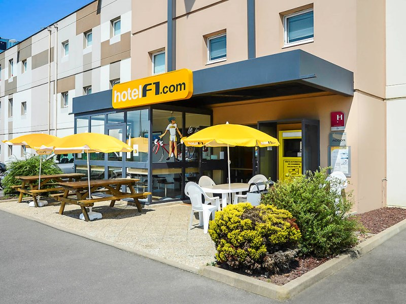 hotelF1-Avranches-3
