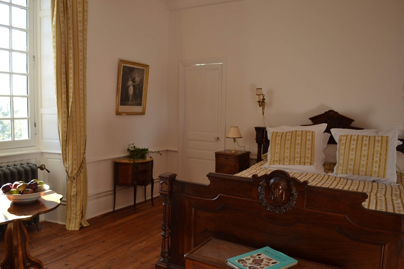 isigny-le-buat-chambres-d-hotes-chateau-isigny–11–2