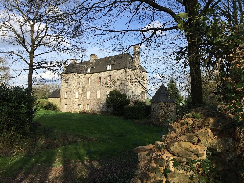 isigny-le-buat-chambres-d-hotes-chateau-isigny–4–2