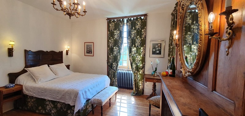 isigny-le-buat-chambres-d-hotes-chateau-isigny–8–2