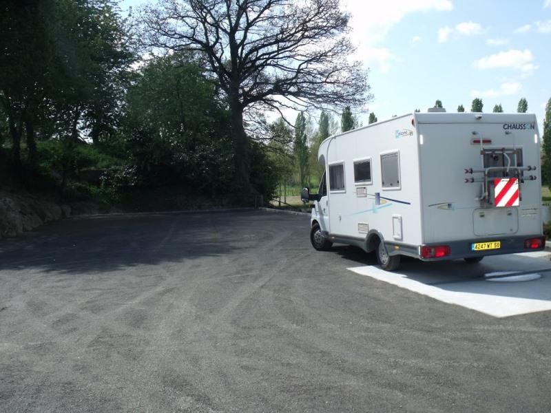 lapenty-aire-de-camping-cars–1-