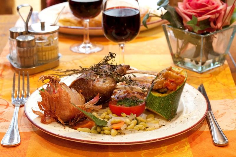 le-mont-saint-michel-restaurant-auberge-saint-pierre-6