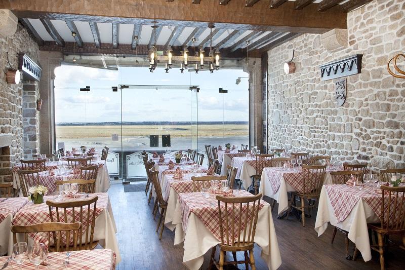 le-mont-saint-michel-restaurant-la-croix-blanche
