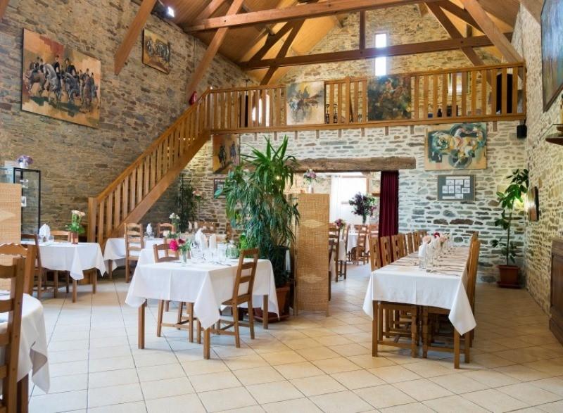 le-mont-saint-michel-restaurant-la-ferme-saint-michel-3