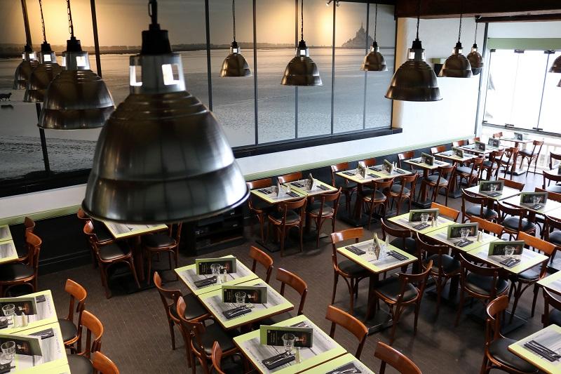 le-mont-saint-michel-restaurant-les-terrasses-de-la-baie–3-