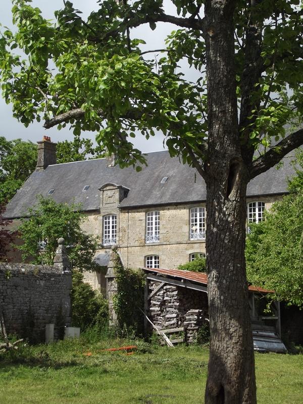 saint-cyr-du-bailleul-meuble-rochard-5