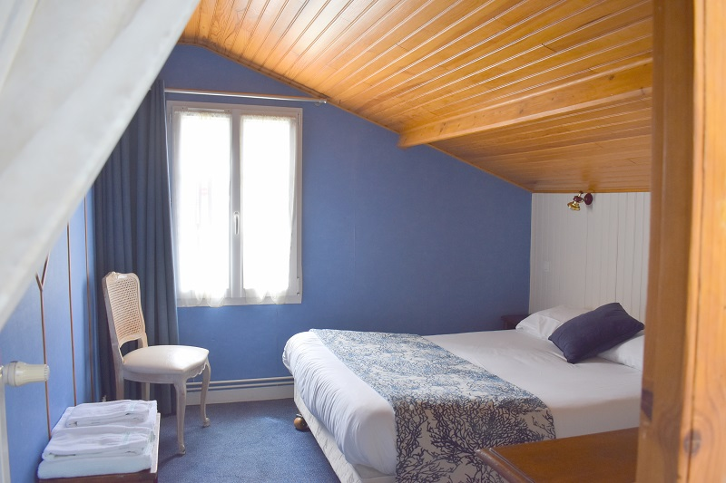 saint-jean-le-thomas-hotel-des-bains–1-