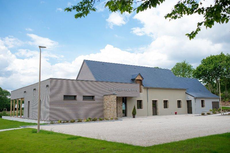 saint-martin-des-champs-la-toque-aux-vins-exterieur-1-latoqueauxvins