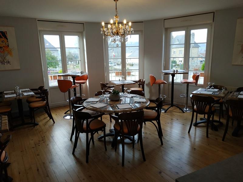 sourdeval-restaurant-le-saint-lys1–1-