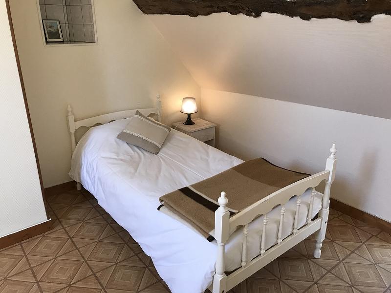 vessey-le-familial-chambre-beige-2
